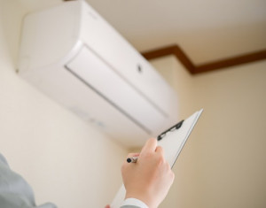 アパート経営・マンション経営におけるエアコン故障の負担について